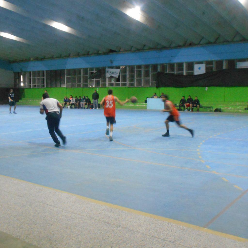 Polideportivo de Garín se llevó la victoria ante Sarmiento de Olivos