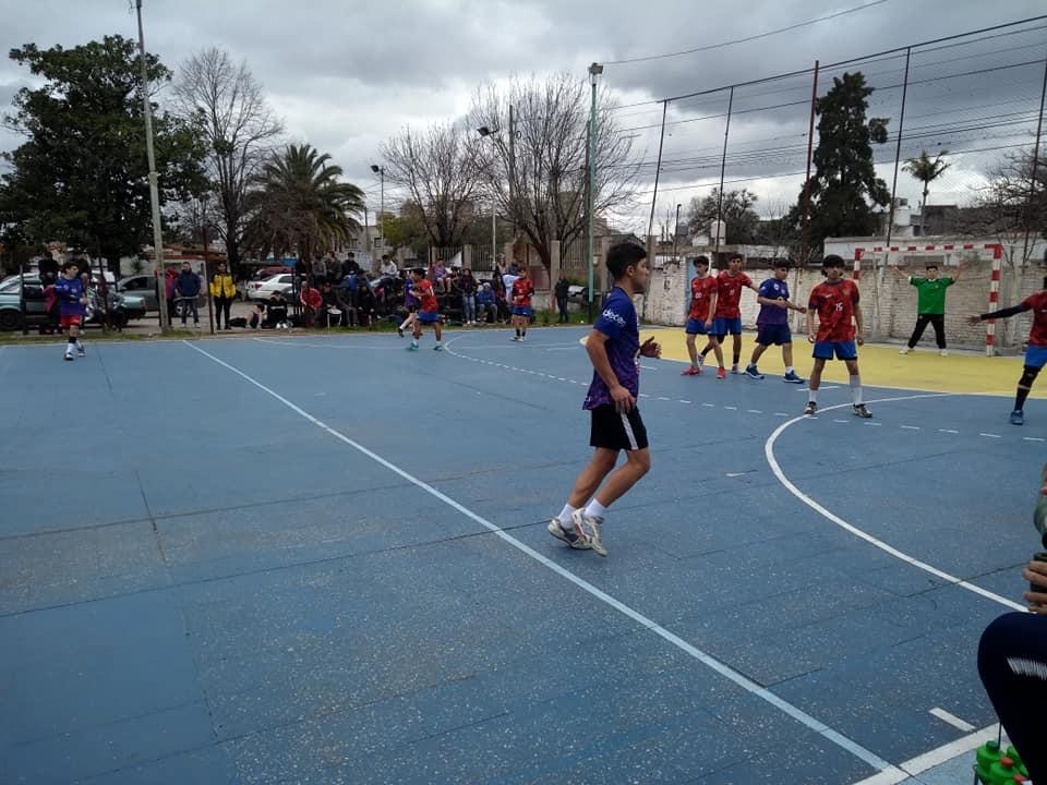 Handball: malas para las inferiores, buenas para los mayores