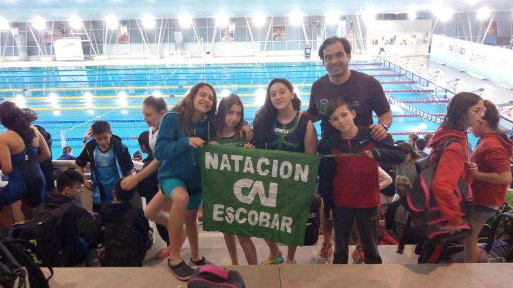 La natación en Independiente  sigue cosechando  talentos de su propio semillero
