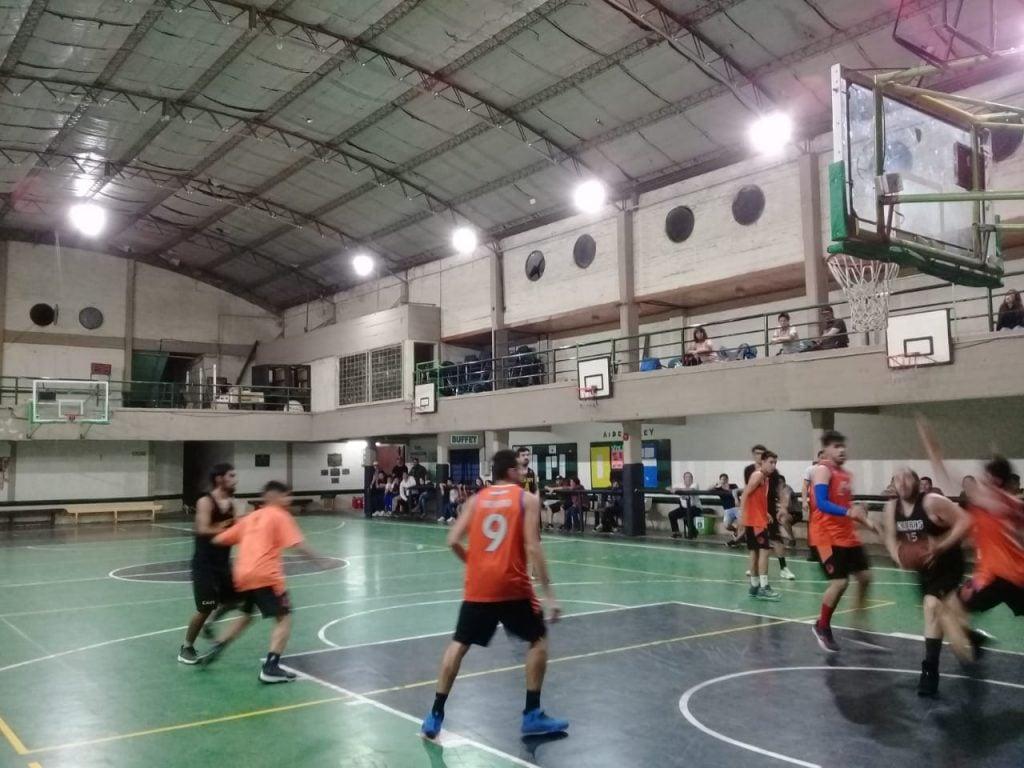 Boca del Tigre venció al Polideportivo de Garín en un partido muy entretenido