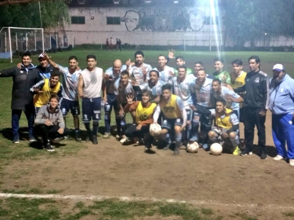 Intratable en el área rival: Sportivo goleó por 5-2 a Argentinos de Del Viso