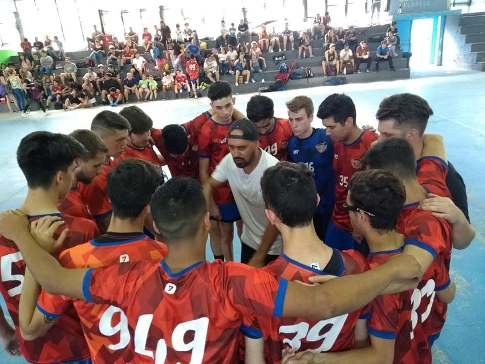 Handball: Escobar cerca de la hazaña en inferiores