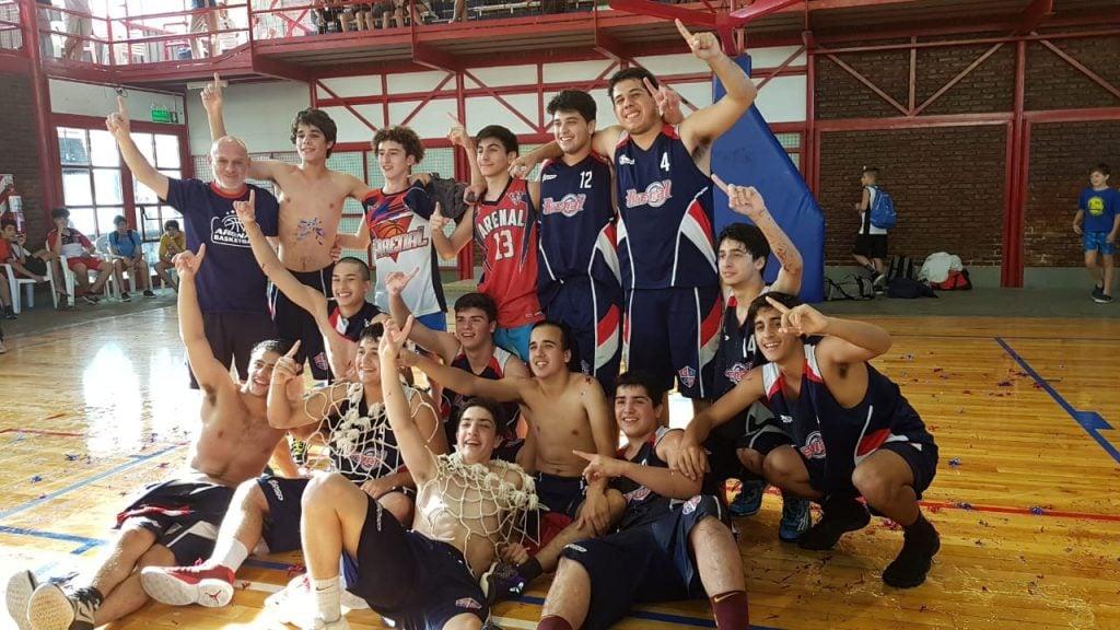 Los Cadetes de Arenal se consagraron campeones
