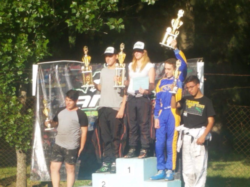 Axel Burgos a un paso de quedarse con el campeonato de APAK