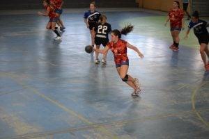 Handball: Escobar se renueva pero no afloja en el torneo