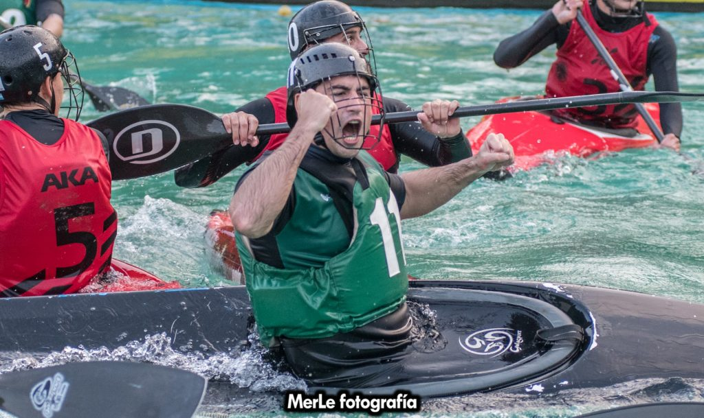 """Club de Pescadores """"A"""" ganó la tercera fecha de la Copa Argentina de Kayak Polo"""
