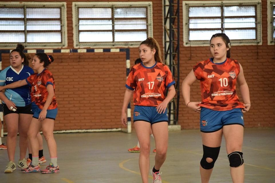 Fin de semana irregular para el handball escobarense