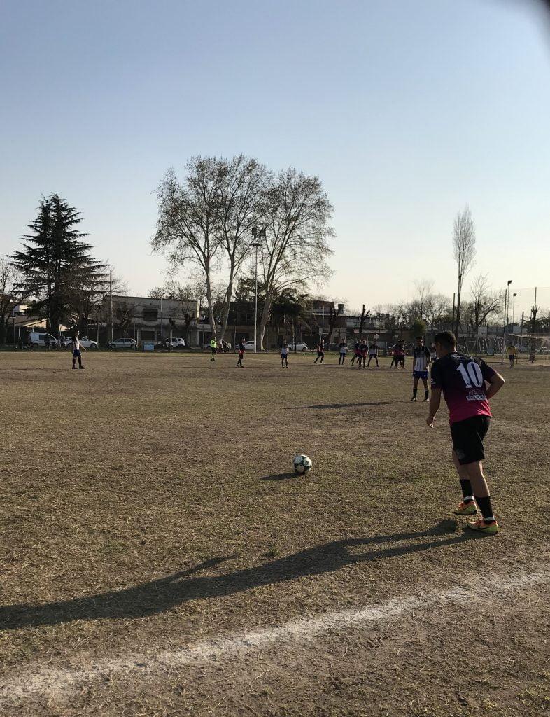 Atlético Escobar goleó a Sportivo Unión