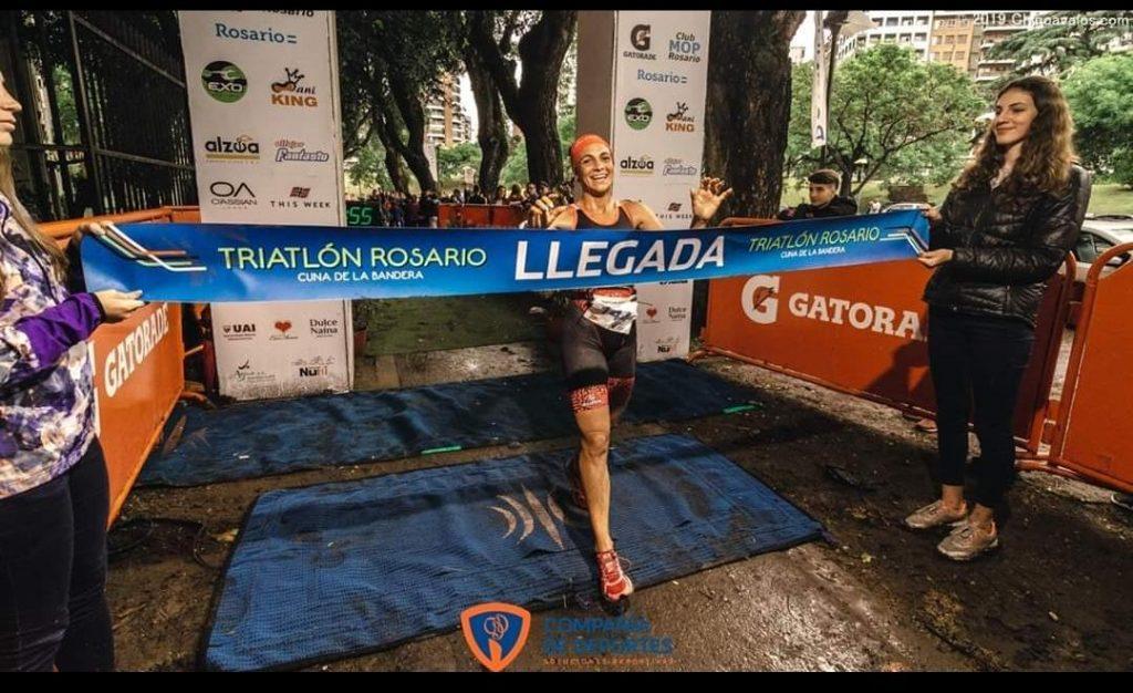 Triatletas de Escobar se destacaron en Rosario y Mar del Plata