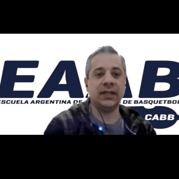 El Club Independiente mantuvo una amena entrevista virtual con el árbitro Sebastián Moncloba