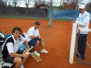 Drovetto y Alemán - a su derecha Bernardini - tuvieron que transpirar para sellar la serie a favor de CAIDE