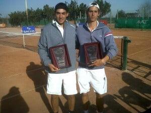 Juani, junto a Lipovsek, festeja su primer título en dobles
