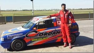 Ariel Cordani presenta nuevo auto en La Plata.