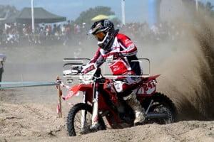 Carlos Legaria en plena competencia.