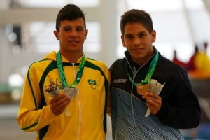 Leonardo Peixoto(Plata) y Amilcar Guerra (Oro) en estilo mariposa.