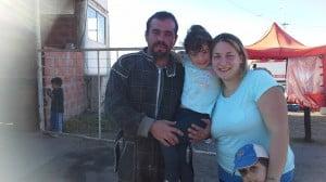 Damian junto a su familia luego de obtener el 2do puesto.