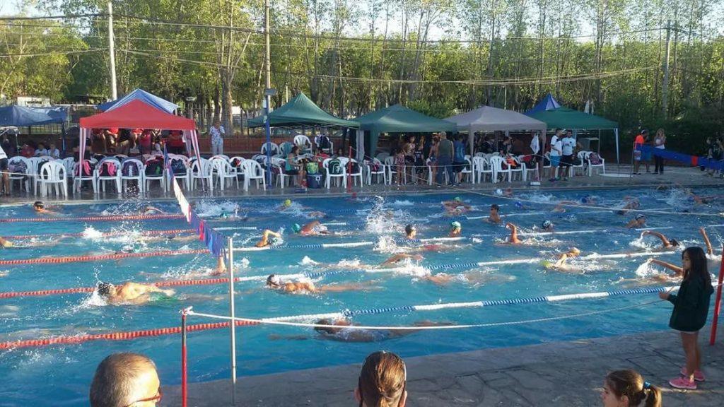 Destacada participación de los nadadores de Independiente en Zárate