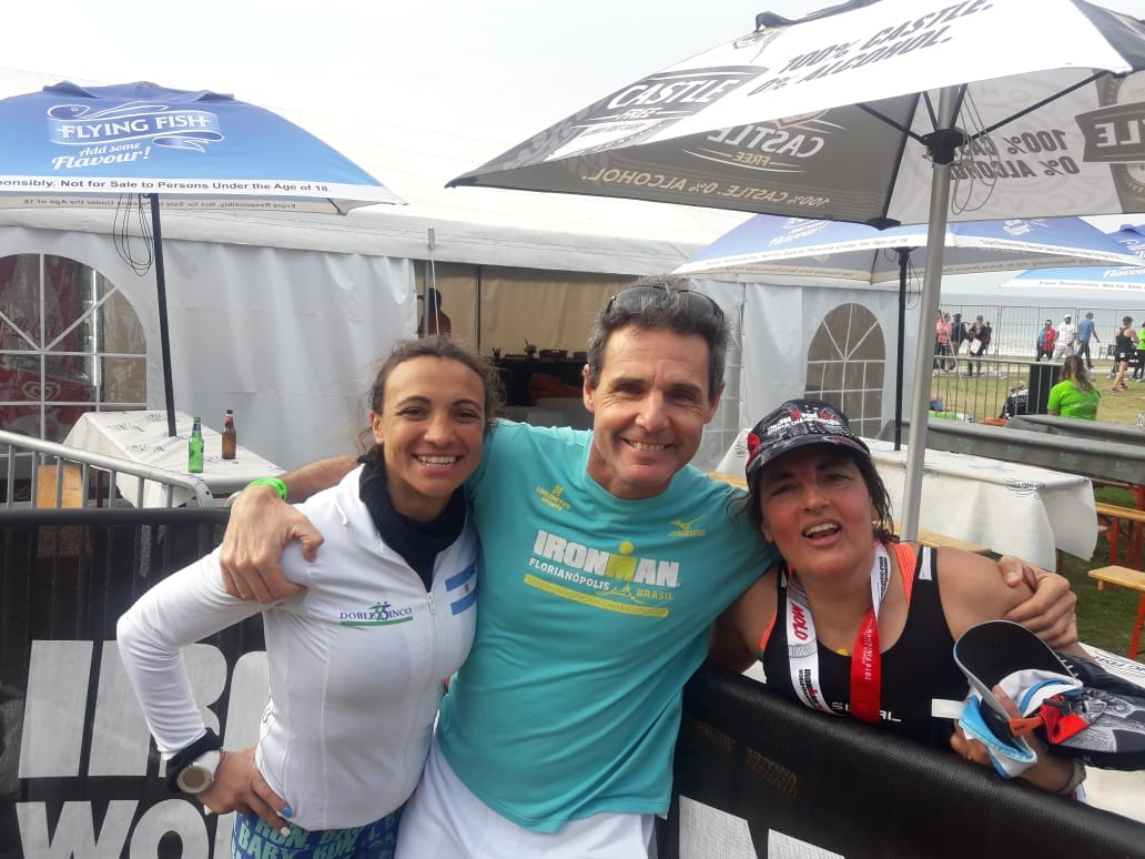 Gabriela, Yanina y Oscar, objetivo cumplido en el Iron Man Mundial 70.3 en Sudáfrica