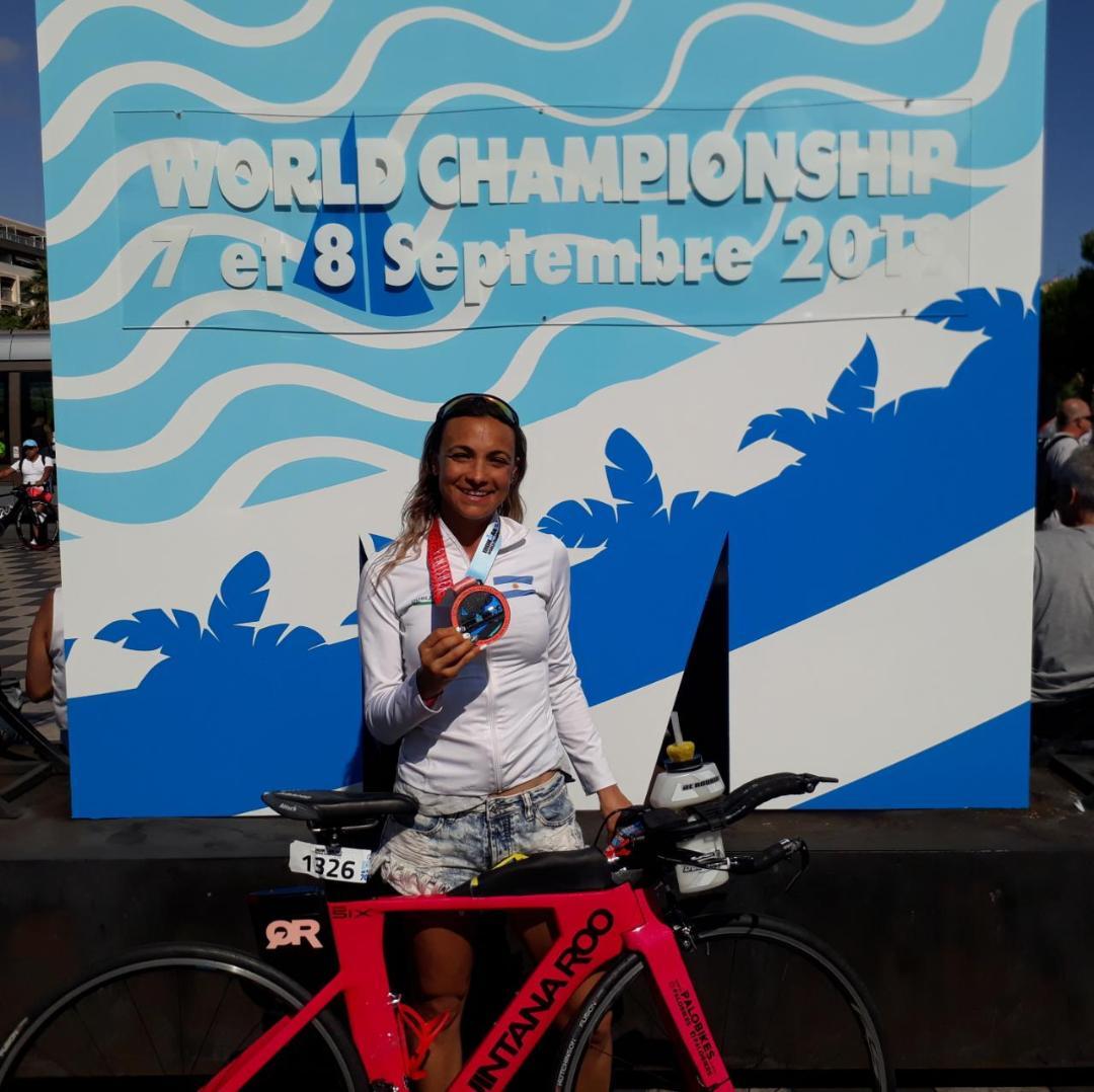 Yanina Minaglia clasificó 19° en su categoría a nivel Mundial en el IRONMAN de Francia