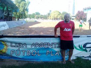 """Diego Monti: """"Escobar está haciendo historia en el Beach Fútbol"""""""