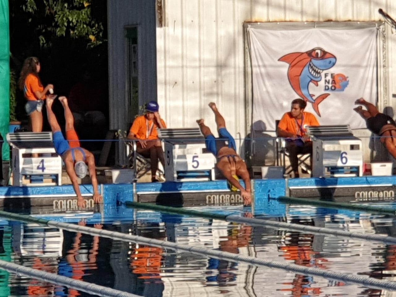Destacada participación de nadadoras locales en el Campeonato República de Natación
