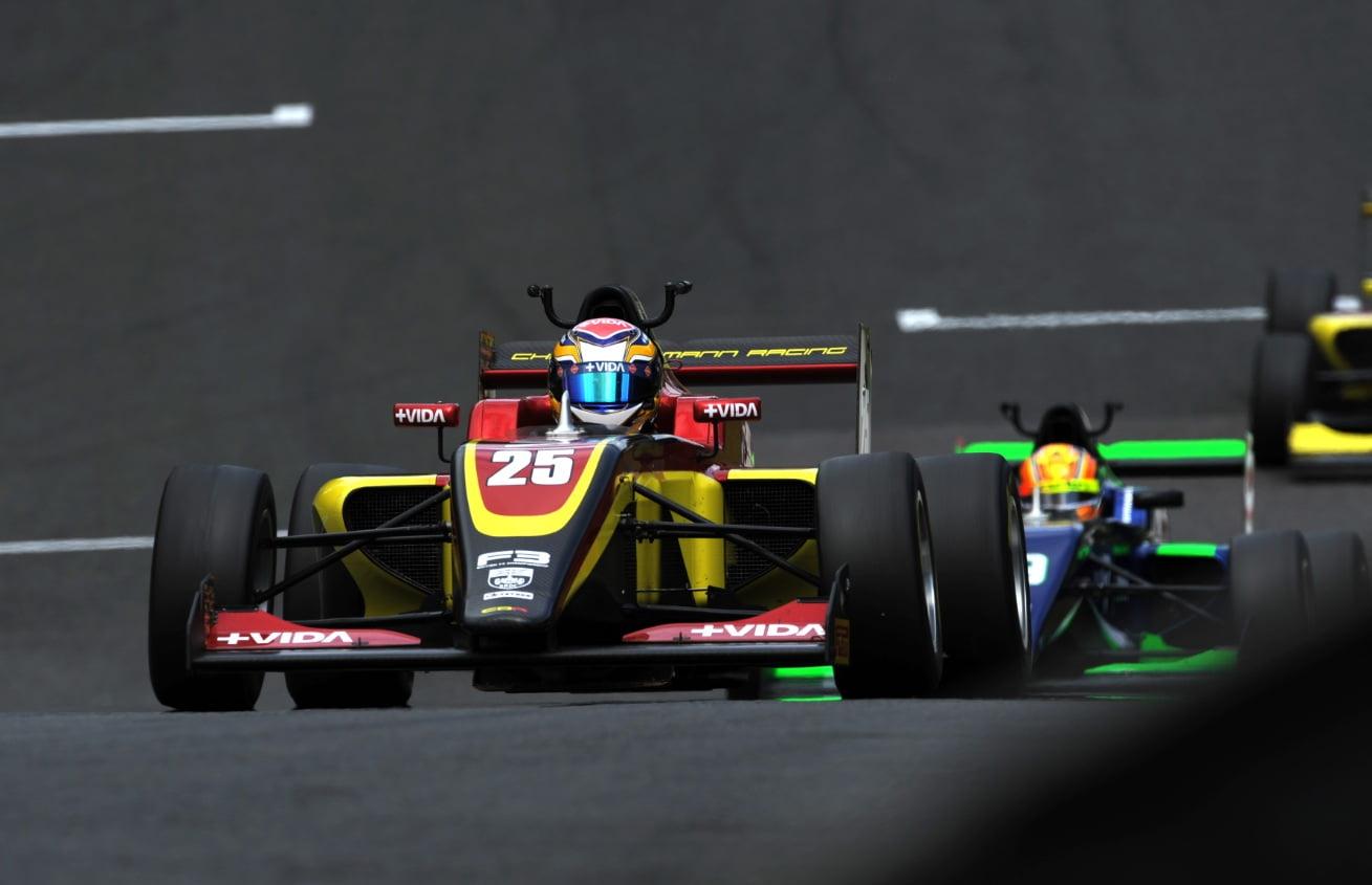 Varrone volvió a la acción en la F3 Británica