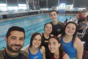 Nadadores de Independiente participaron del torneo aniversario de FENABA